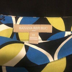 Banana Republic Skirts - Banana Republic graphic skirt EUC